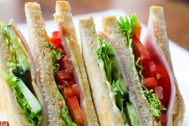 NiziU(ニジュー)のミイヒがサンドイッチでレタスだけ抜いて食べる理由は拒食症?
