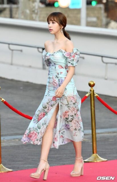 TWICE(トゥワイス)のミナの可愛い画像集!スタイルが良くて足が長い!