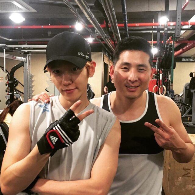 EXO ベクヒョン(ベッキョン)の身長体重年齢は?筋肉の画像が凄い!