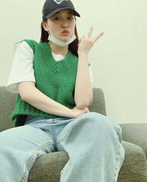 NiziU(ニジュー)リオの可愛い私服10選!公式インスタが熱い!