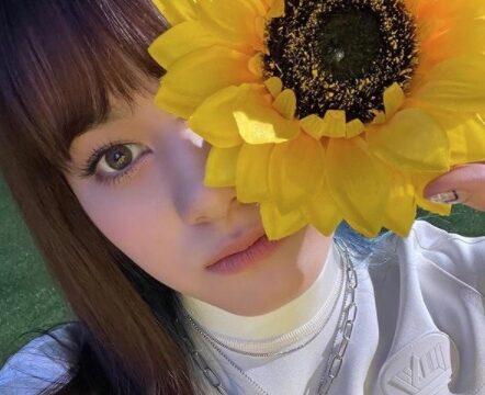 NiziU(ニジュー)ニナの私服に注目!さりげない指輪やピアスがおしゃれポイント!